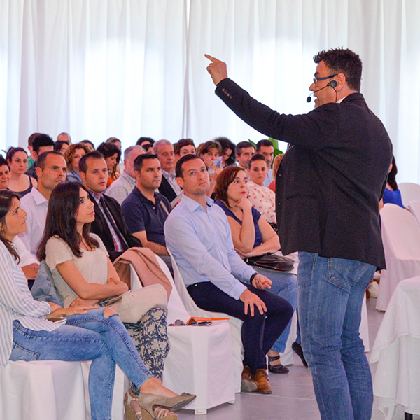Pepe Cabello ponente motivacional coaching